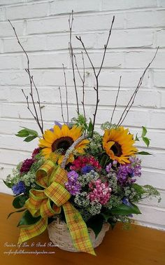 diy project country flower basket, crafts, flowers, gardening, outdoor living, Country Flower Basket