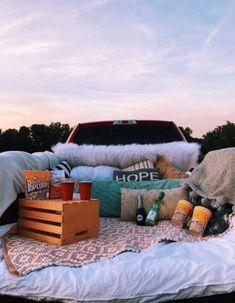 Romantic Date Night Ideas, Romantic Dates, Fun Sleepover Ideas, Sleepover Party, Summer Goals, Summer Fun, Truck Bed Date, Moon Stars, Car Dates