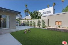 Silver Lake home Streamline Moderne, Silver Lake, Open House, Golf Courses, Landscaping, Mansions, House Styles, Home, Design