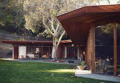 Two designers restore a low-slung midcentury gem in Napa, California, by an unsung Bay Area modernist.