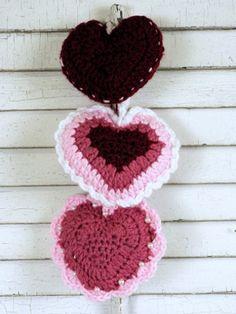 Trio of Hearts | Yarn | Free Knitting Patterns | Crochet Patterns | Yarnspirations
