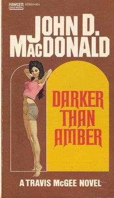 McGinnis, Darker Than Amber Good Books, Books To Read, Pulp Fiction Book, Robert Mcginnis, Up Book, Detective, Pulp Art, Comic Book Covers, Paperback Books