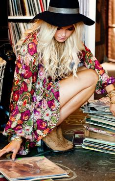 ╰☆╮Boho chic bohemian boho style hippy hippie chic bohème vibe gypsy fashion indie folk the 70 Bohemian Look, Boho Hippie, Boho Gypsy, Modern Hippie, Style Hippie Chic, Gypsy Style, My Style, Boho Style, Estilo Folk