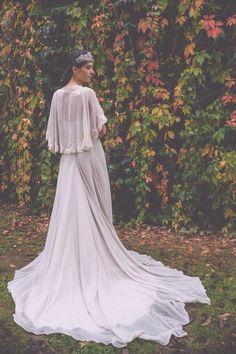 Bouret boho wedding dress with train 2015