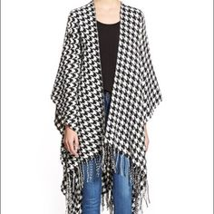 Houndstooth Cape Perfect winter staple! Jackets & Coats Capes
