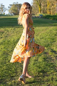 Fanciful Golden Lilly Wrap Dress featuring a fitted cross over bust and flirty skirt in a large vintage floral print print Ootd Fashion, New Fashion, Fashion Outfits, Retro Floral, Vintage Floral, Australian Boutique, Mombasa, Rose Boutique, Print Print