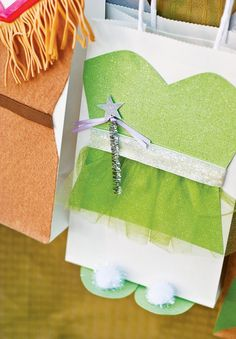 Magical Peter Pan Party {4th Birthday}: Tinkerbell favor bags