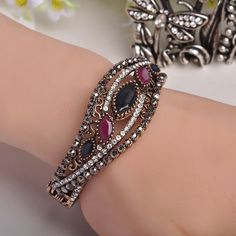 Exquisite Bangles Hollow Carved Bud Charm