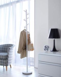Buy the Tree Coat Stand, White from Yamazaki today! A part of our Coat Stands range.
