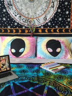 Alien Pillow Case Set - Gypsy Warrior