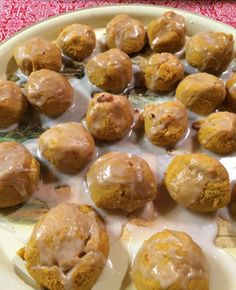 Sweet, small, golden coconut nuggets - makes a perfect holiday gift! Sugar Free Recipes, Gluten Free Recipes, Coconut Flour Recipes, Coconut Oil, Real Food Recipes, Yummy Food, Hiking Food, Gluten Free Cookies, Us Foods