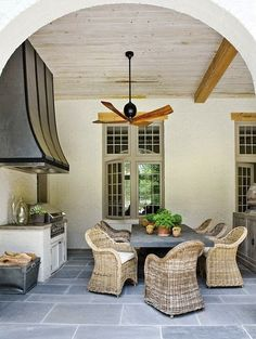 Deck/patio design photos, ideas and inspiration. Amazing gallery of interior design and decorating ideas of decks/patios by elite interior designers - Page 36 Home Living, Coastal Living, Living Spaces, Outdoor Rooms, Outdoor Dining, Outdoor Decor, Outdoor Kitchens, Dining Area, Dining Room