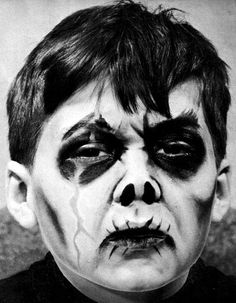 """Dick Smith's """"Do-It-Yourself Monster Make-Up Handbook"""" GHOUL #1 (David Smith)"""