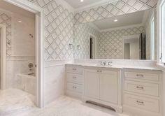 wallpaper in bathroo