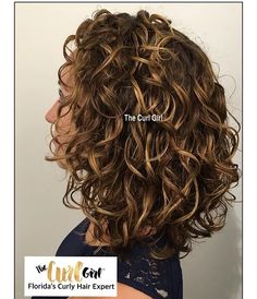 Florida's Curly Hair Expert™ custom sculpted curly hair cut styled with – Favorites Hair Styles Curly Hair Tips, Short Curly Hair, Curly Hair Styles, Curly Girl, Medium Curly, Frizzy Hair, Permed Hairstyles, Medium Length Curly Hairstyles, Short Haircuts