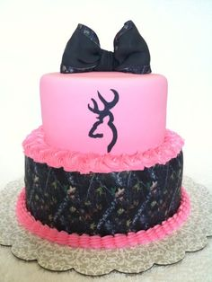 Pink and Camo Cake... Love it! camo-camo-camo