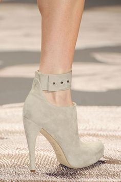 ankle strap #boots from #VeraWang A/W '13 #NYFW. Not crazy about heels, but the ankle strap I LOVE.