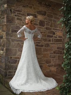 THIS REMINDS ME OF MOMS. Kathy Ireland for Mon Cheri - Bridal»Style No. E231131 » kathy ireland for Mon Cheri