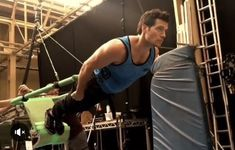 Henry Cavill Shares Behind-the-Scenes Justice League Flying Video
