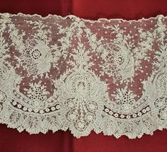 Another fine lace from the 10/5/2014 Ebay Alerts. Point de Gaze border.