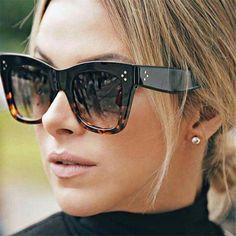 MADELINY New Fashion Vintage Women Sunglasses Brand Designer Luxury Square Gradient Sun Glasses Shades lentes de sol mujer Sunglasses For Your Face Shape, Rectangle Sunglasses, Stylish Sunglasses, Sunglasses Women, Oversized Sunglasses, Sunglasses Storage, Uv400 Sunglasses, Versace Sunglasses, Vintage Sunglasses