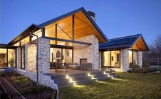 Wanaka House by Mason & Wales Architects New Zealand Architecture, Modern Architecture, Style At Home, Exterior Tradicional, House Goals, Home Fashion, Exterior Design, Future House, Modern Farmhouse