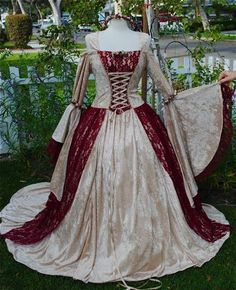 Gwendolyn Two Tone Medieval or Renaissance Velvet and Lace Gown Custom and Necklace.