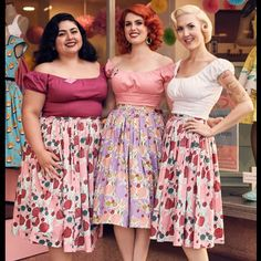 """@dorismayday's photo: """"Assistant manager sandwich !  @jac_quelin is my right hand lady out here , and @missrockabillyruby was back in Minnesota ! Now we get to have her as our inhouse stylist ❤️ Lucky to work with such great ladies ! Photo by @thisischarliet  #pinupgirlclothing #pinupgirlboutique #girlpower #maryblair #magnoliapark"""""""