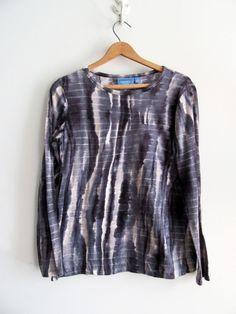 Simply Vera Vera Wang Blue Tie Dye Knit Shirt Top Blouse SZ M Women's #SimplyVeraVeraWang #KnitTop  #tiedye #simplyvera #Casual