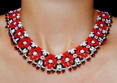 Beads Magic: Free beading patterns for bead necklaces.