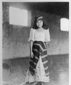 asean2015:    ASEAN CommunityFilipina Girl of the 1920s / Philippines   leatherandpineapplesilk:    Filipina girl in 1927 from the UBC Archives.  She's so cute, and I think that her hair and the way she wears the head wrap is very 1920's.