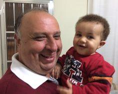 Diário do Felipinho: Aprendendo a andar com vovô