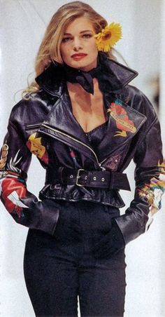 tied2jackets:    Cordula Reyer Dolce & Gabbana Spring/Summer 1992