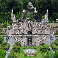 Italian garden Giardino Garzoni, Collodi | #Tuscany