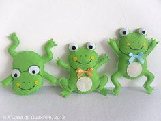 #Felt, #Fieltro three felt Frogs, tres ranas de fieltro