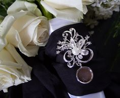 1 Rhinestone Wedding Bouquet charm pin - Photo Pendants charms for family photos for your special day by Weddingbouquetcharms on Etsy https://www.etsy.com/listing/243459828/1-rhinestone-wedding-bouquet-charm-pin