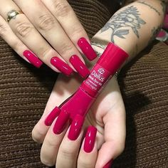 Best Nail Polish Colors of 2020 for a Trendy Manicure Dream Nails, Love Nails, My Nails, How To Do Nails, Magenta Nails, Pink Nails, Stylish Nails, Trendy Nails, Nail Paint Shades