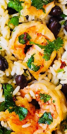 Cilantro-Lime Shrimp with Black Bean Jasmine Rice – a delicious, easy recipe! I cooked the shrimp in olive oil with minced garlic and then coated it with fresh lime juice and cilantro – YUM! The shrimp is then nestled on top of cilantro-lime black bean ri Shrimp Recipes For Dinner, Shrimp Recipes Easy, Seafood Dinner, Seafood Recipes, Healthy Recipes, Seafood Rice Recipe, Cilantro Recipes, Garlic Recipes, Yummy Recipes