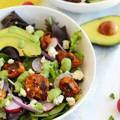 Spice up your lunch with this healthy Sriracha chicken salad with green goddess dressing recipe. Full of protein and healthy fats, your body and mouth will do the happy dance over this tasty combination!