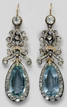 Aquamarine, diamond, and diamond rosette earrings that once belonged to Queen Louise of Prussia. Art Nouveau, Antique Jewelry, Vintage Jewelry, Bedknobs And Broomsticks, Gothic, Gifts For Girls, Custom Pillows, Ring Earrings, Wedding Jewelry