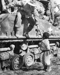 한국전쟁 사진전- 유용원의 군사세계