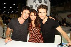 Ian Somerhalder, Nina Dobrev & Paul Wesley: The Vampire Diaries - Signing at Comic-Con 2013!