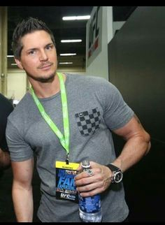 World's sexiest paranormal investigator! Ghost Adventures Funny, Ghost Adventures Zak Bagans, You Are Handsome, Ghost Shows, Real Ghosts, Ghost Hunters, Cute Celebrities, Celebs, Ghost Stories