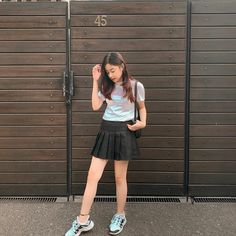 Teen Girl Photography, Boy Celebrities, Girls Dp Stylish, Indonesian Girls, Asia Girl, Selfie Poses, Grunge Outfits, Aesthetic Girl, My Idol