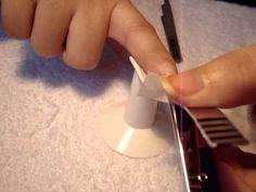Cómo arreglar una uña rota (bolsita de té) / How to fix a broken nail (t...