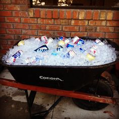 This is a perfect idea for parties at this house,  the guys will love it and it'll keep all the beer out of my vegtable crispers!