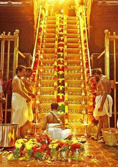 Sabarimali Krishna Statue, Krishna Radha, Hindu Deities, Hinduism, Shivaji Maharaj Hd Wallpaper, Hindu Worship, Hindu Symbols, Hanuman Images, Lord Balaji