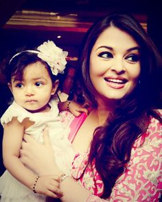 Baby Aaradhya steals the show at Aish's order of Arts and Letters' medal celebrations by the French government, awarded to Mom on her B Day, Nov 1st 2012.  SOURCE: facebook
