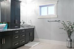 Dark Maple Ensuite Vanity - Bathroom Vanity - Design by Superior Cabinets - Hastings