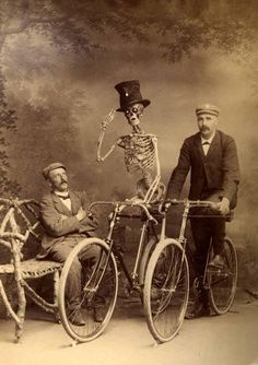 cycling skeleton - another great photo to frame or add to a spooky relatives album or collage.